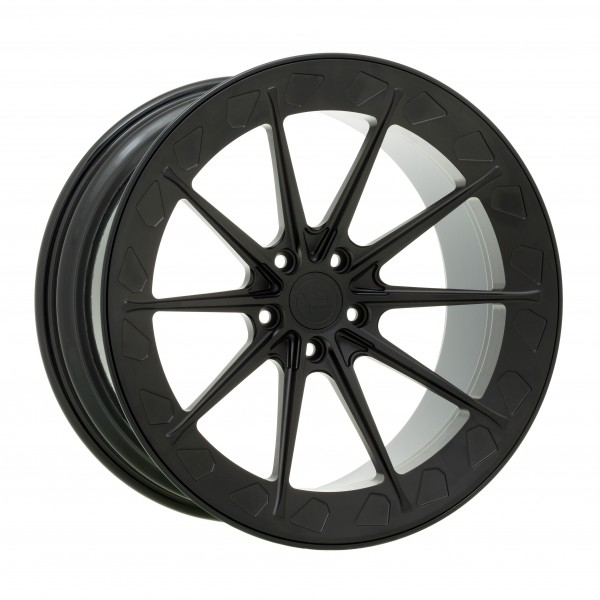 YP 12.2 Forged | Matte Black/Gloss Black Lip