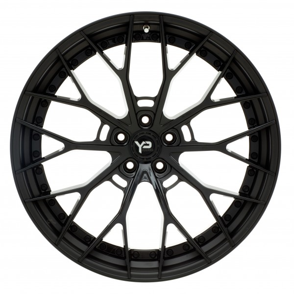 YP 8.2 Forged | Gloss Black/Matte Black Lip